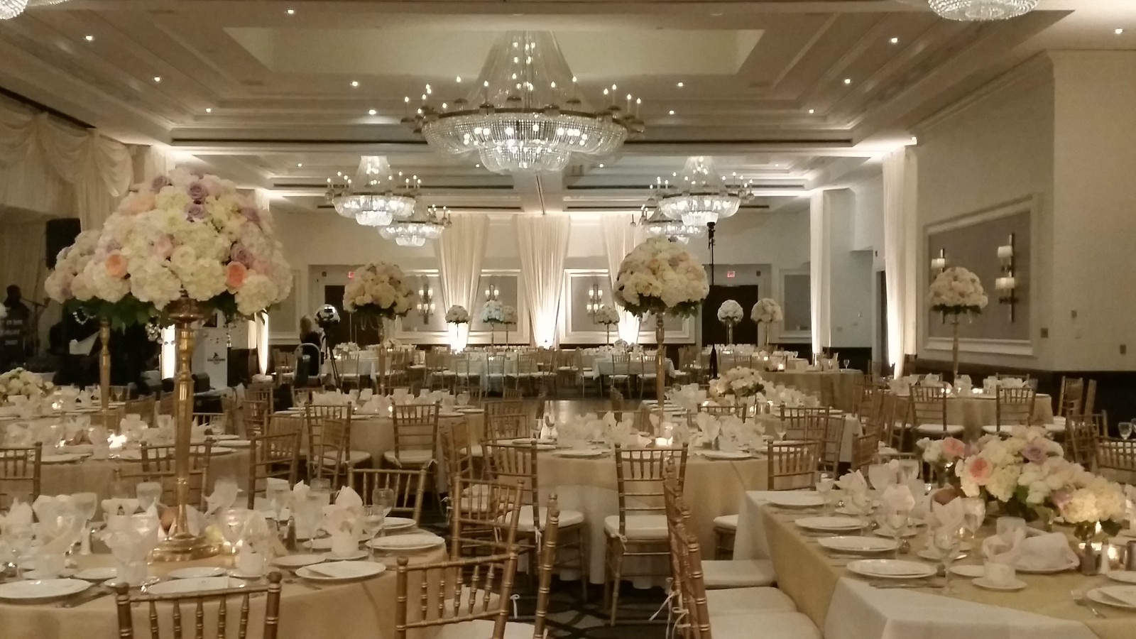 Sheraton Philadelphia Society Hill Grand Ballroom Wedding